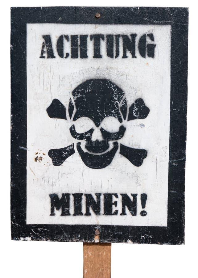 Uitstekend Duits Waarschuwingsbord op een Witte Achtergrond stock afbeeldingen