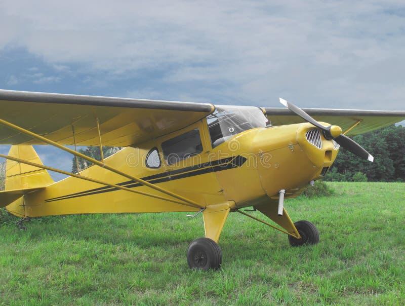 Uitstekend klein sportvliegtuig stock fotografie