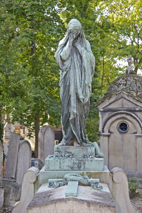 Uitstekend standbeeld van een schreeuwende vrouw royalty-vrije stock afbeeldingen