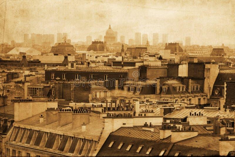 Uitstekend stijlbeeld van de daken van Parijs royalty-vrije stock afbeelding