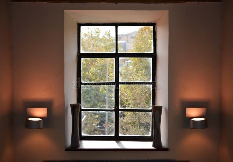 Uitstekend venster binnenlands ontwerp stock afbeelding