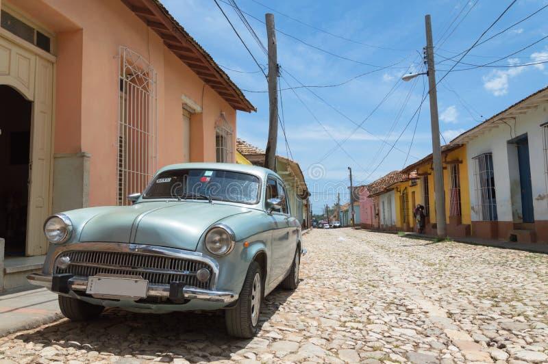 Uitstekende auto in Trinidad, Cuba stock afbeeldingen