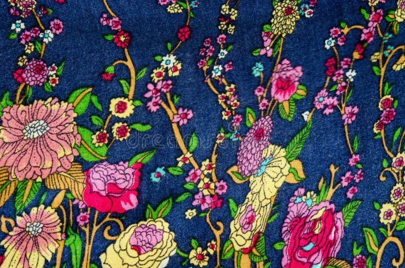 Uitstekende bloemenstof royalty-vrije stock afbeelding