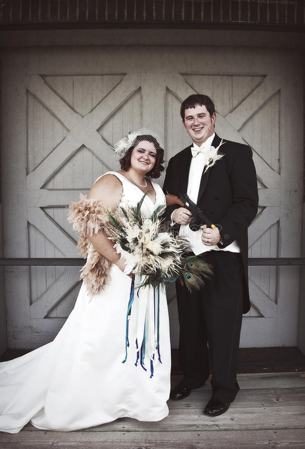 Uitstekende bruid en bruidegom royalty-vrije stock foto's