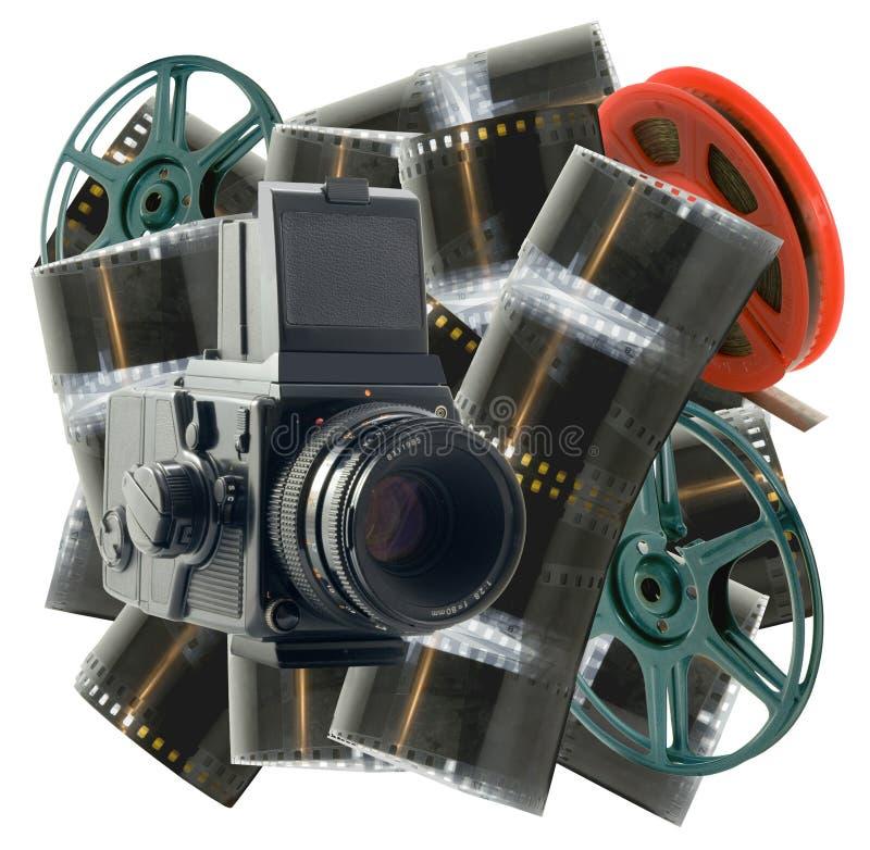 Uitstekende camera met film en wielen stock foto's