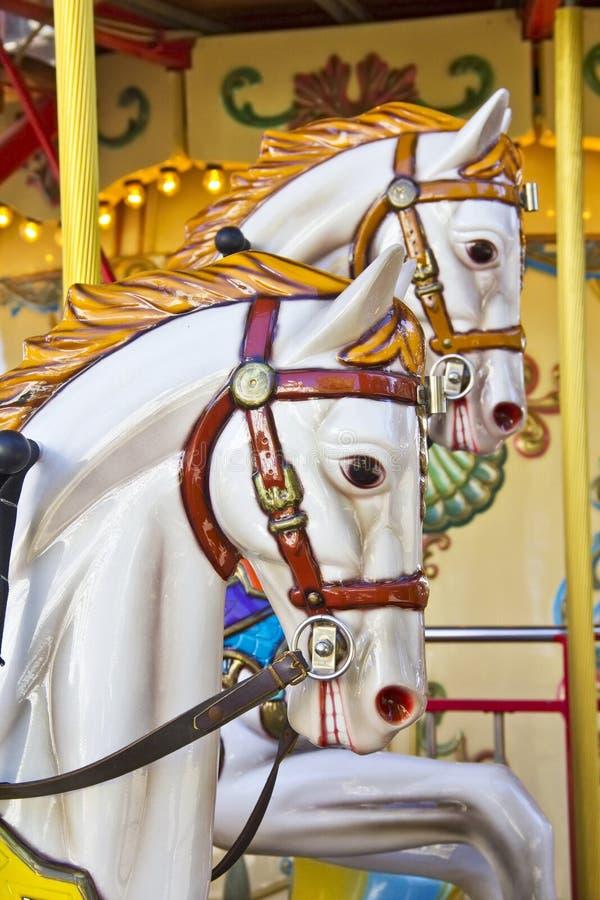 Uitstekende carrousel of vrolijk-gaan-rond royalty-vrije stock afbeeldingen