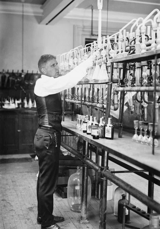 Uitstekende Chemicus, Chemie, Wetenschapper, Ingenieur royalty-vrije stock fotografie