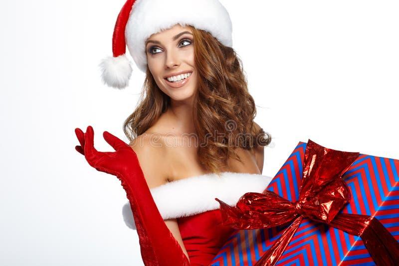 Uitstekende die Kerstmisvrouw op wit wordt geïsoleerd stock afbeeldingen
