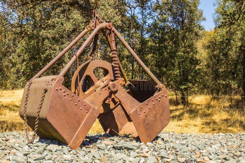 Uitstekende die Lepelemmer in Afgelopen Mijnbouwverrichtingen wordt gebruikt stock afbeeldingen