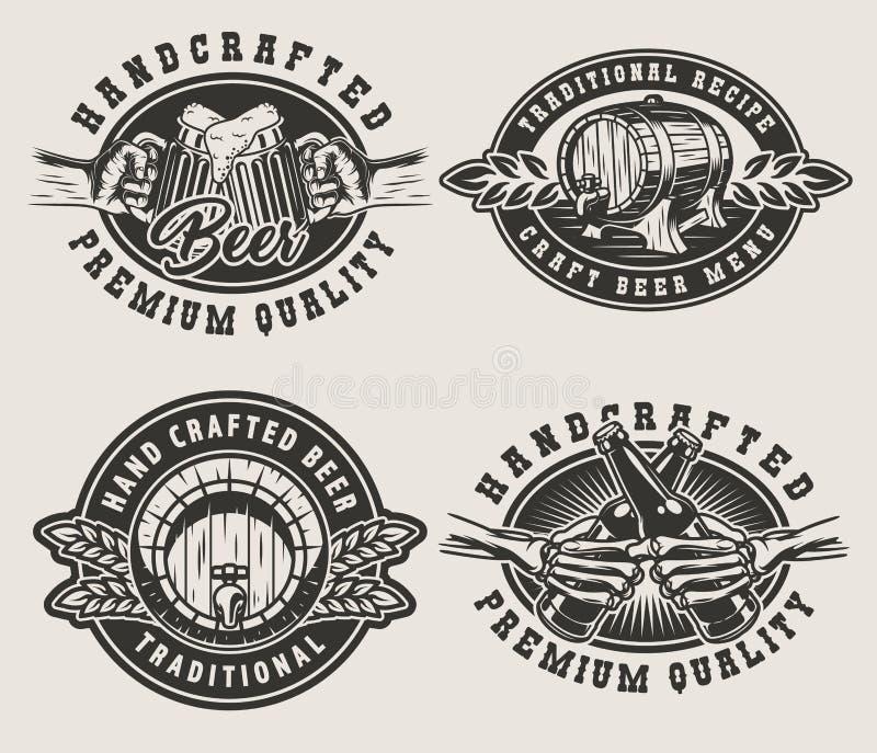 Uitstekende het brouwen emblemen royalty-vrije illustratie
