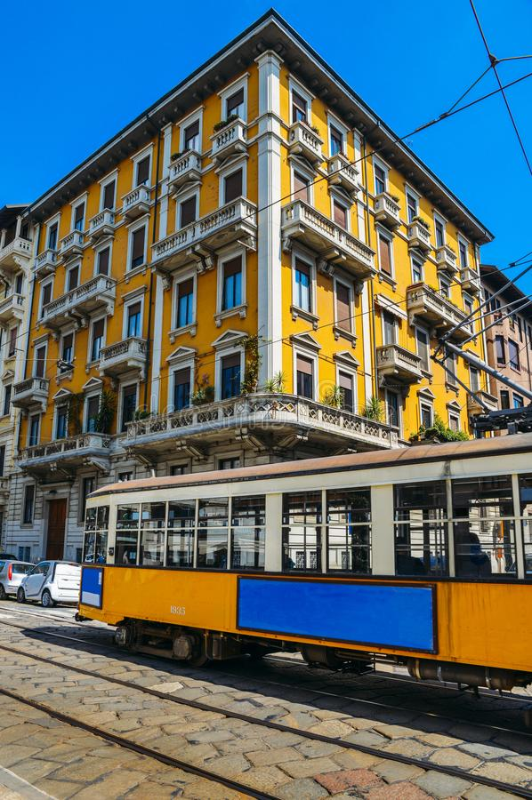 Uitstekende jaren '30stijl de tram van Milaan, Italië royalty-vrije stock afbeelding