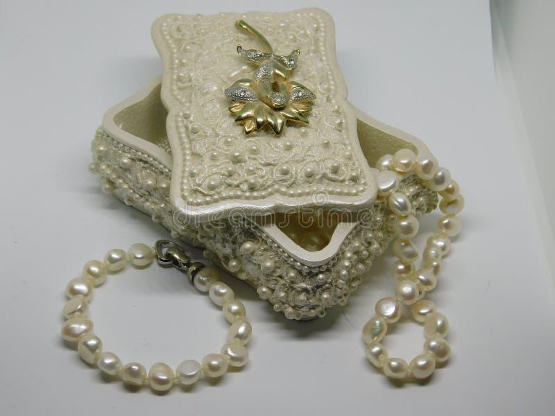 Uitstekende juwelendoos royalty-vrije stock foto's