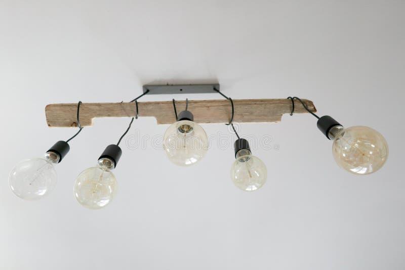 Uitstekende lampen die decor het hangen aansteken stock afbeelding