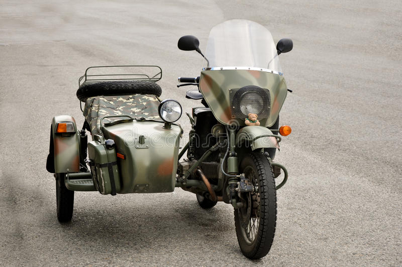 Uitstekende motorfiets met sidecar royalty-vrije stock fotografie