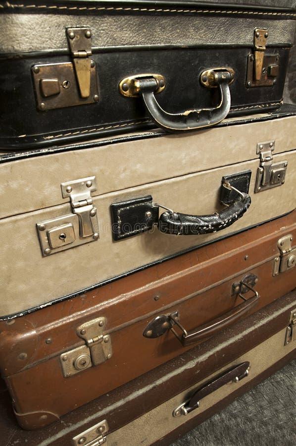 Uitstekende, oude koffers op stapel royalty-vrije stock fotografie