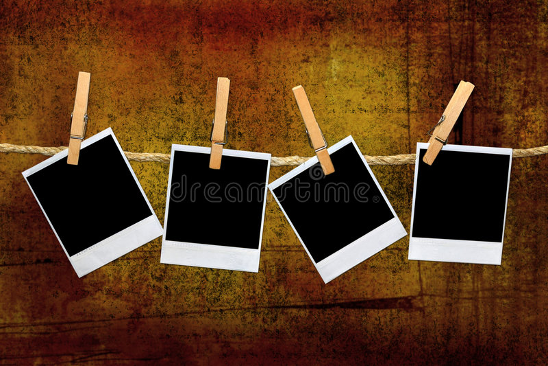 Uitstekende Polaroid- Frames in een Donkere kamer stock illustratie