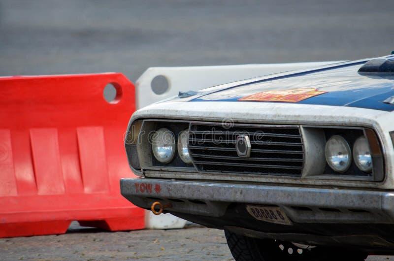 Uitstekende raceauto stock foto