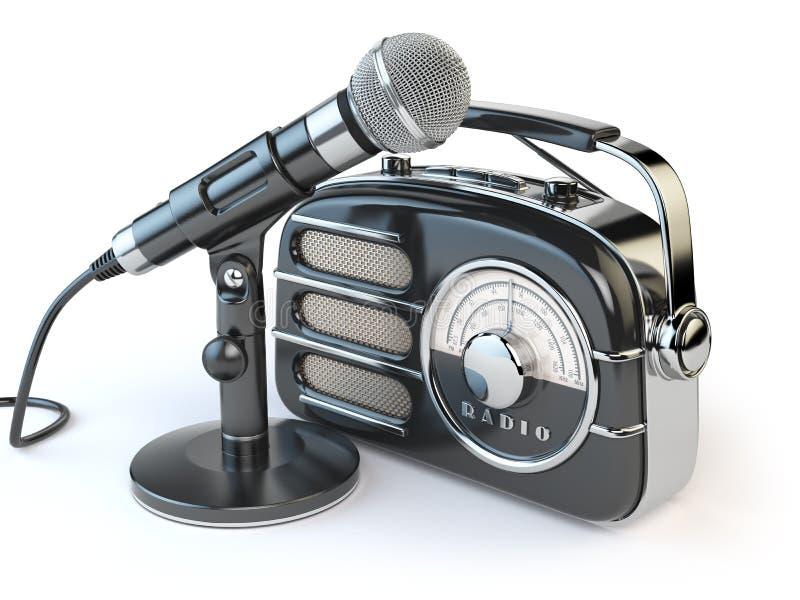 Uitstekende retro radioontvanger en microfoon op wit vector illustratie