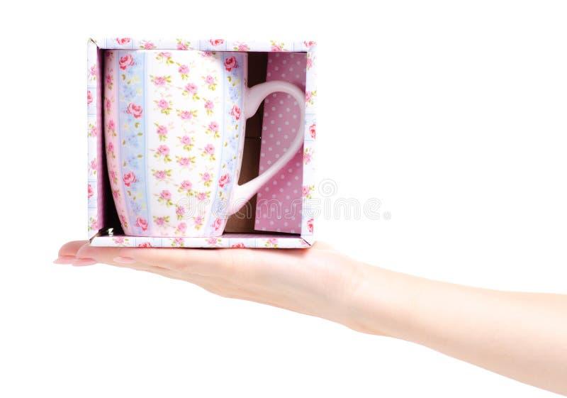 Uitstekende roze blauwe de bloemdoos van de kopmok ter beschikking stock afbeelding