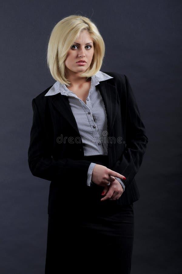 Uitvoerende vrouw stock afbeeldingen