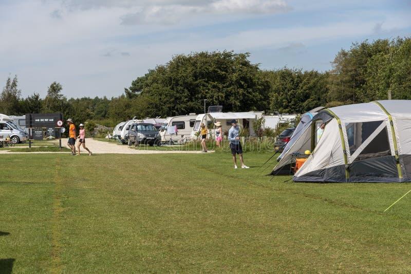 UK营地的帐篷住宿 免版税库存照片
