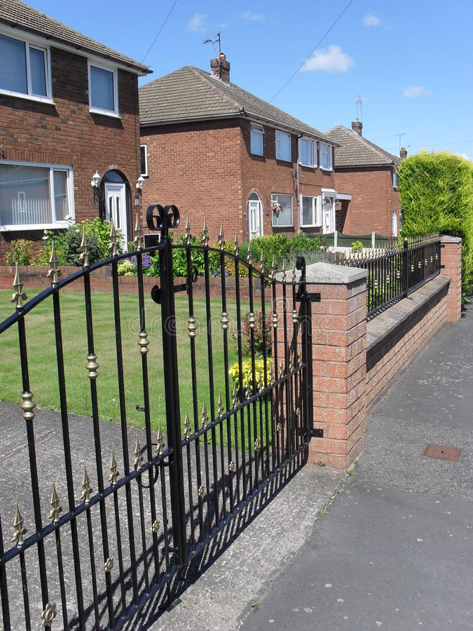 Download Uk house gate stock image. Image of drive, home, pavement - 9749139