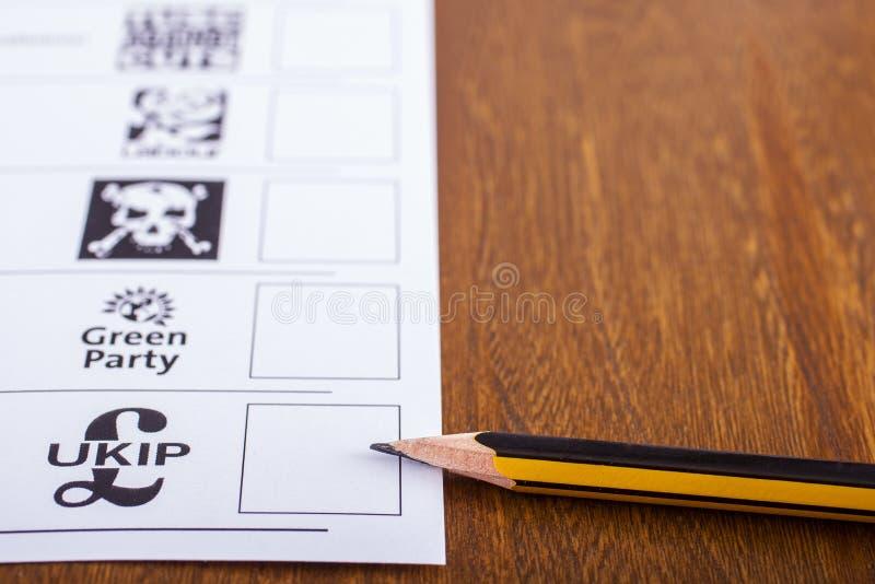 UKIP на избирательном бюллетене для всеобщих выборов стоковое фото