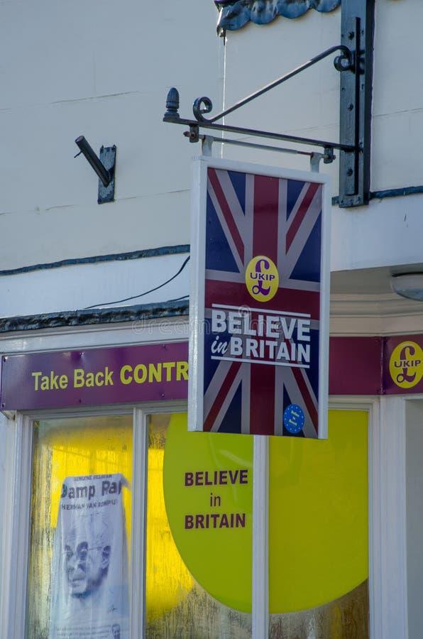 UKIP-Büros in Harwich mit Zeichen lizenzfreies stockbild