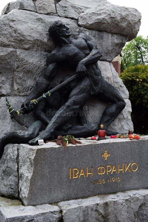 Ukraina Lviv, Maj, -, 2019: Grobowiec Ivan Franko obrazy royalty free