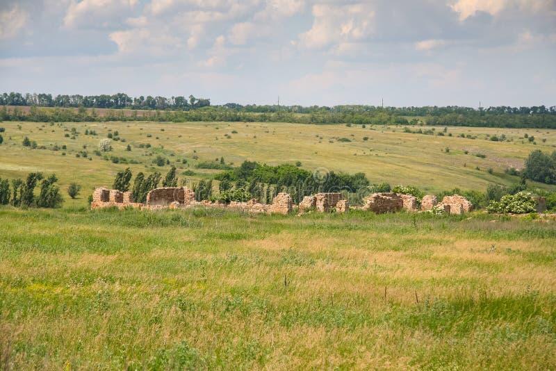 Ukrainare Stonehenge nära byn av Konskie Razdory fotografering för bildbyråer