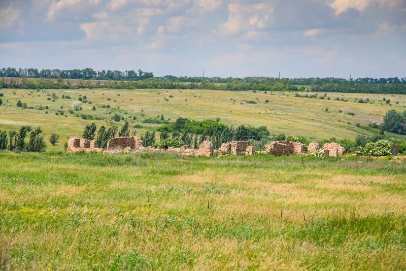 Ukrainare Stonehenge nära byn av Konskie Razdory arkivfoton