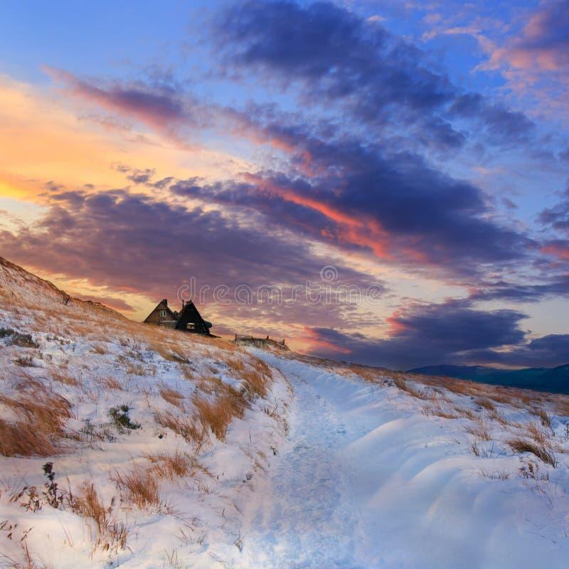 ukraine för dragobratliggandeberg vinter royaltyfri foto