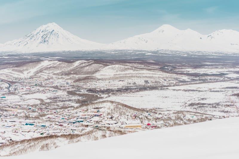 ukraine för dragobratliggandeberg vinter Kamchatka halvö arkivfoton