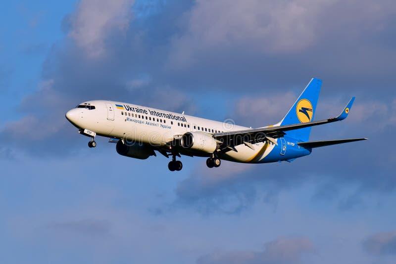 Ukraine International Airlines Boeing 737 obraz royalty free