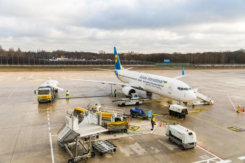 Ukraine International Airlines Boeing 737-800 during turnaround at apron stock photography