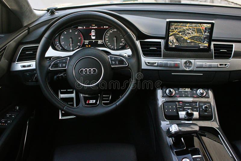 Ukraine, Kiew 20. März 2014 Audi S8 lizenzfreies stockfoto