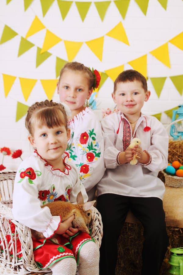 Ukrainische Kostüme lizenzfreie stockbilder
