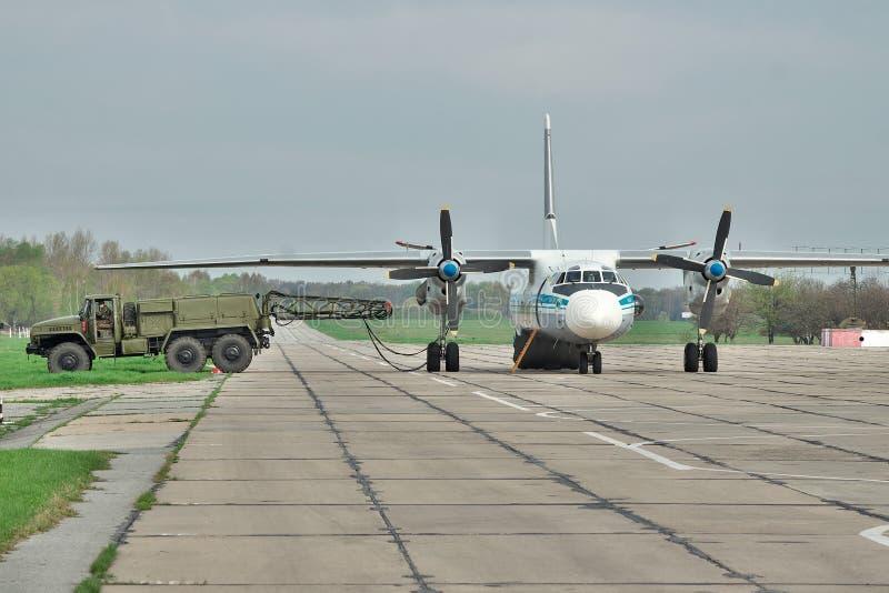 Ukrainische Luftwaffe An-26 stockfotografie