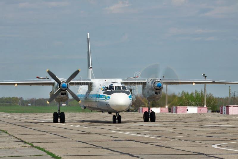 Ukrainische Luftwaffe An-26 stockfotos