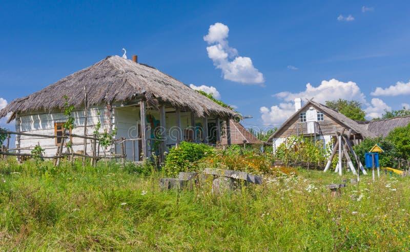 Ukrainsk lantgård-stead nära den Dikan'ka byn royaltyfri bild