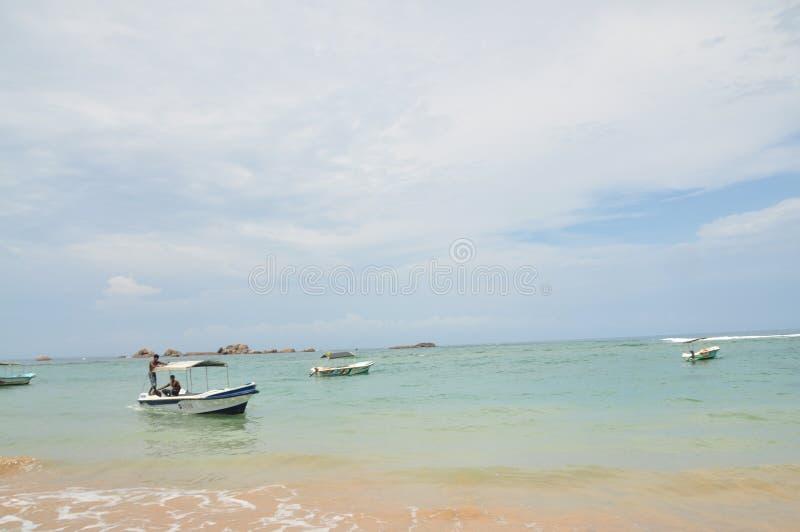 Ukrywać łodzie rybackie zdjęcia royalty free