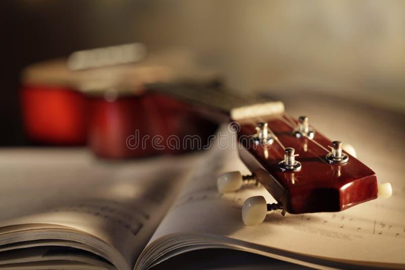 Ukulele με το αποτέλεσμα μουσικής στοκ φωτογραφίες