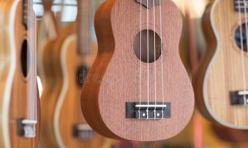Ukulele gitary dla bubla przy rynkiem obraz royalty free