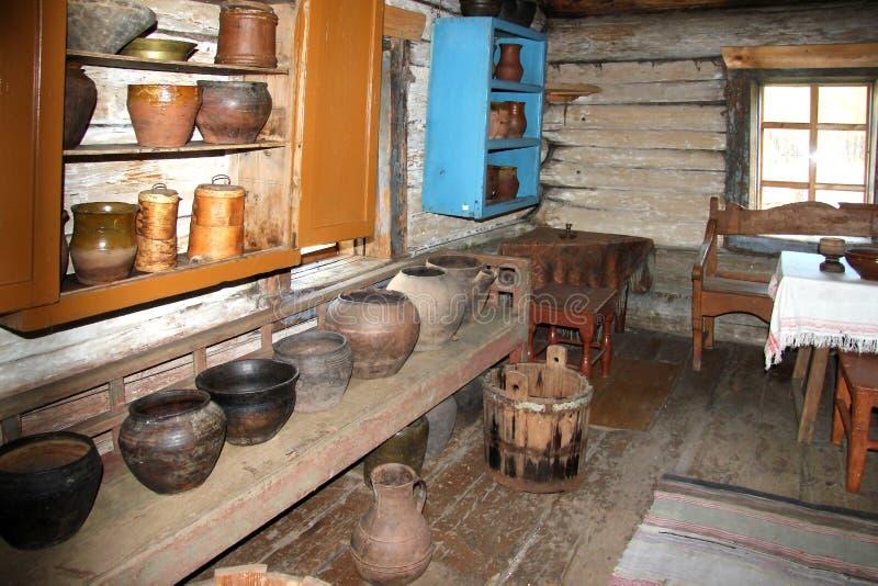 Ul?n Ud?, Buriatia, Rusia, el 12 de abril de 2014 Museo etnogr?fico de la poblaci?n de Transbaikalia fotos de archivo