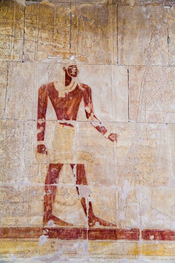 Ulgi na ścianach świątynia Hatshepsut zdjęcia royalty free