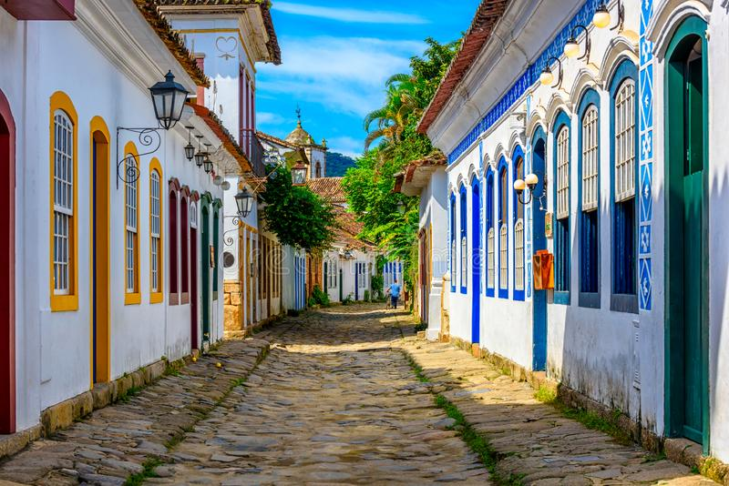 Ulica dziejowy centrum w Paraty, Rio De Janeiro, Brazylia obrazy royalty free