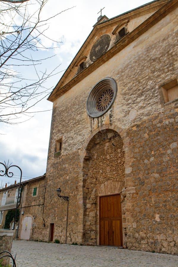 Ulica i architektura w Valdemossa, Mallorca Hiszpania obraz stock