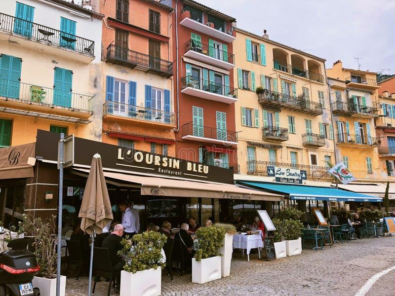 Ulica przy noc? ?adn?, Francja zdjęcie royalty free