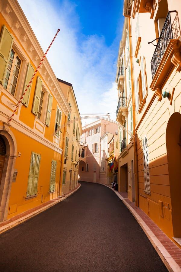 Ulica w starym miasteczku w Monaco zdjęcia stock