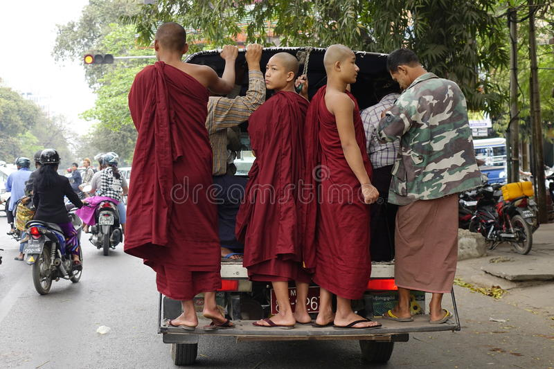Ulica w Yangon, Myanmar obrazy royalty free